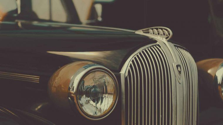 Close up photography of rolls royce.